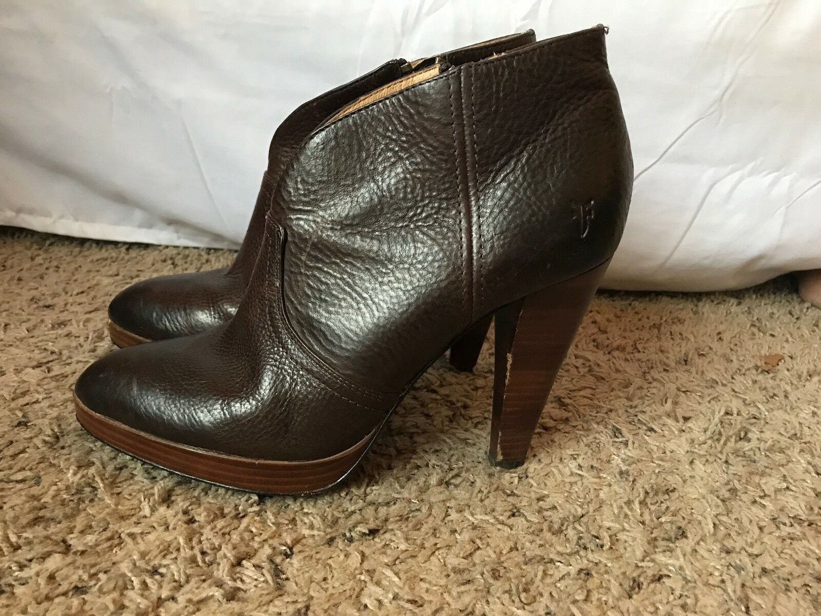 Frye Women Harlow Campus booties size 11