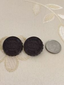 Authentic-CHANEL-BUTTONS-2X-CC-Logo-Supermarket-Soda-Cap-Deep-Brown-Metal-22mm