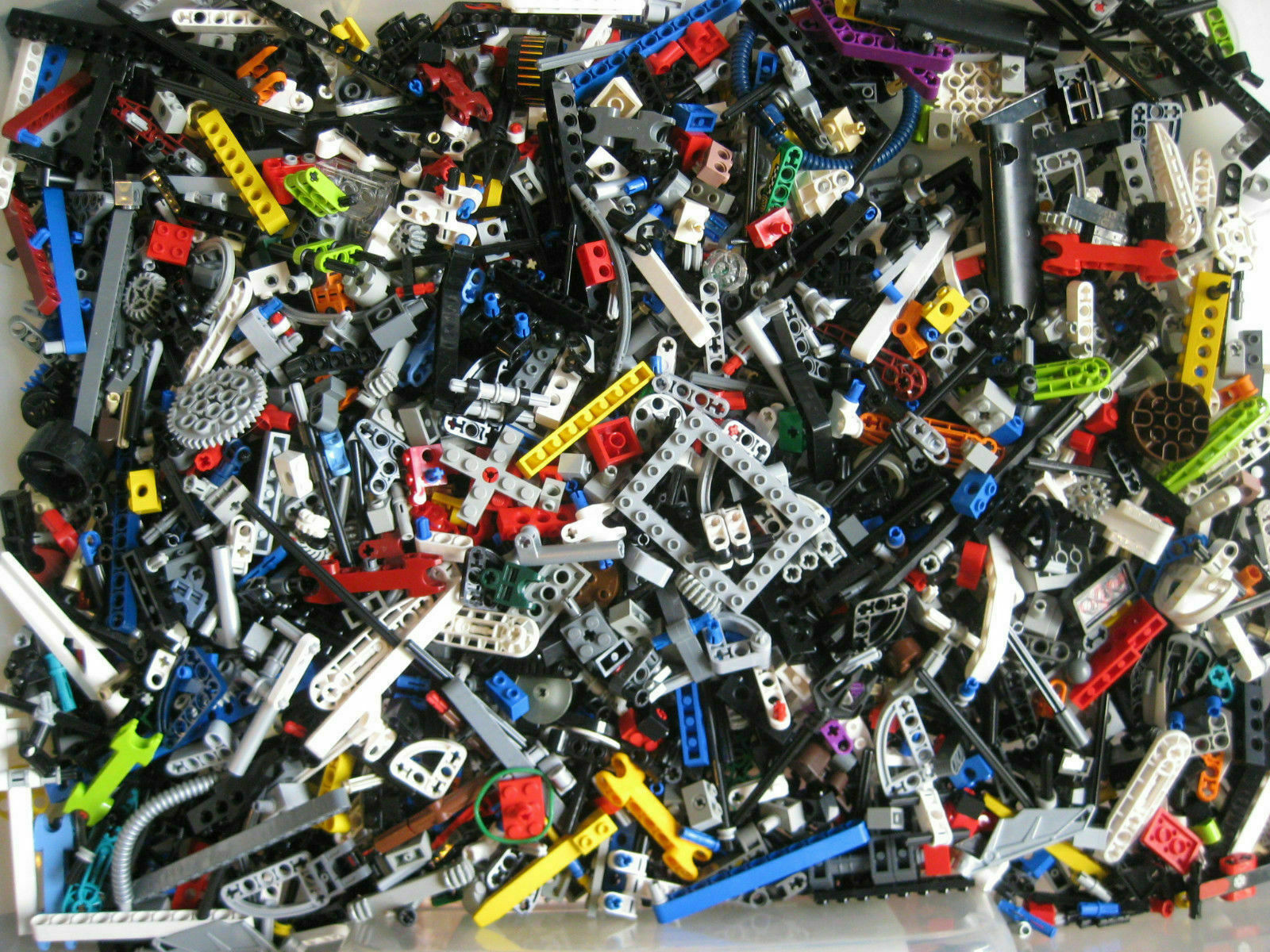 BULK LOT 200 LEGO TECHNIC MINDSTORMS SMALL PARTS /& PIECES PINS AXLES CONNECTORS