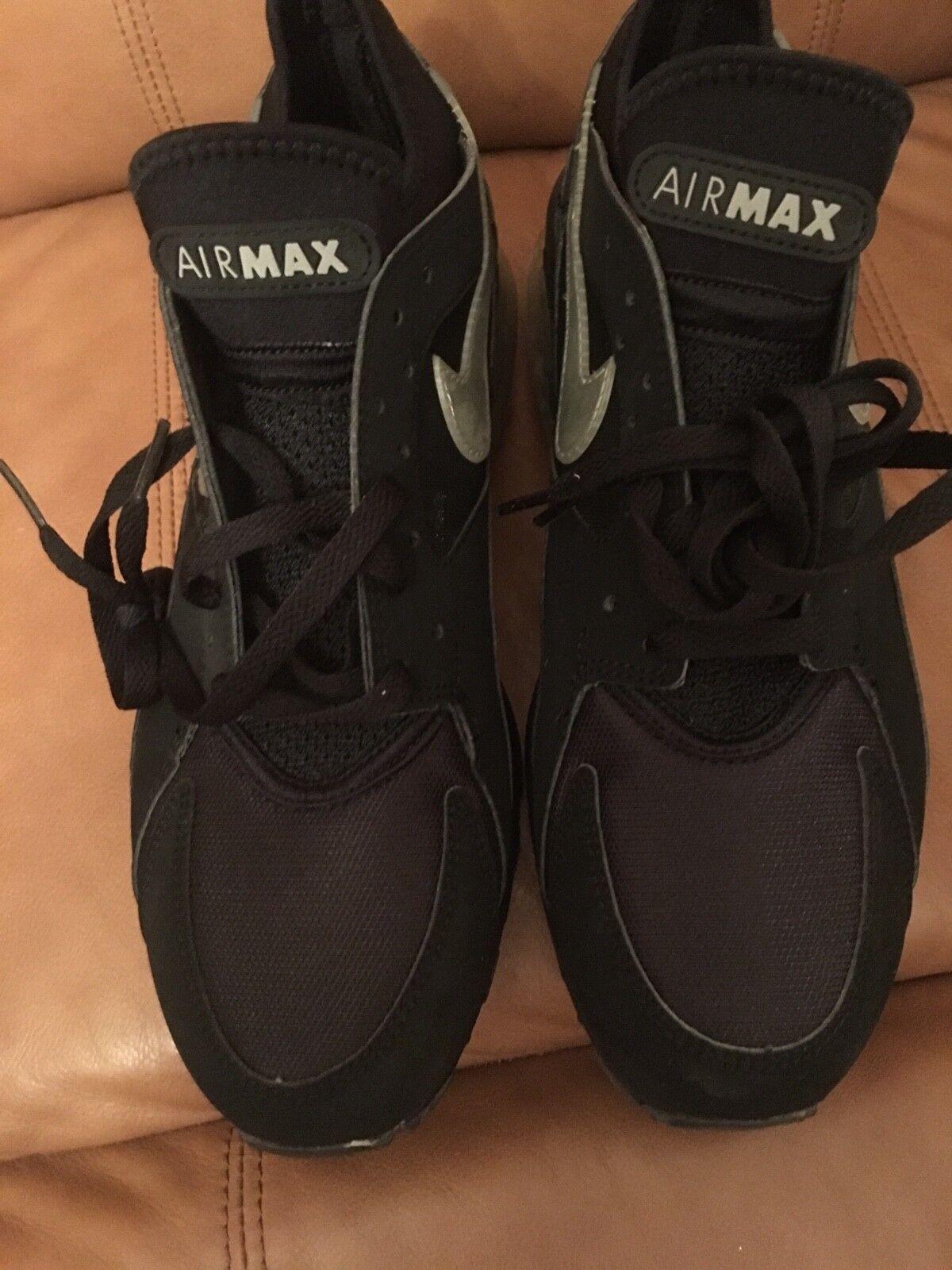 Brand New Mens Nike Air Max shoes