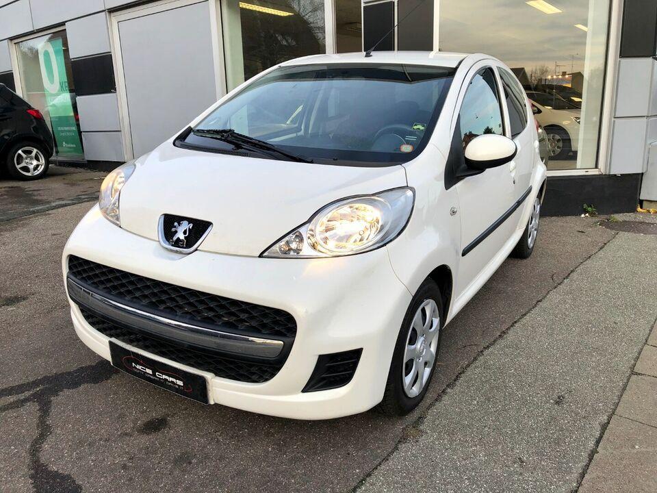 Peugeot 107 1,0 Cool Benzin modelår 2011 km 70000 Hvid