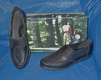 Soft Spots, Womens Flat Slip-on Shoes , Black Leather, Fits Size 6 1/2 M (b)