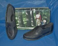 Soft Spots, Womens Flat Slip-on Shoes , Black Leather, Fits Size 6 1/2 M (b)