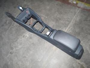 ORIGINALE-Audi-a3-8v-SPORT-BACK-mezzi-console-con-braccioli-a24474