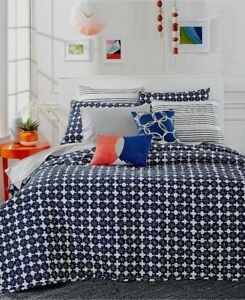 Martha-Stewart-Whim-Quilted-Flowerbed-Blue-Cotton-Standard-Pillow-Sham