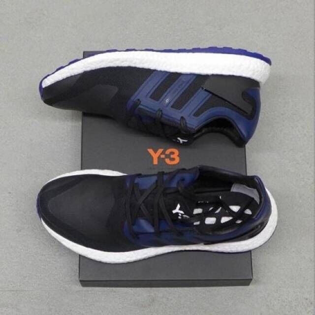 Adidas Y-3 Pure Boost bluee and Black Sz US 9 Brand New