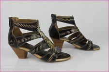Sandales 3PIMENTS Cuir Noir et Beige + cuir verni façon pyton T 36 TBE