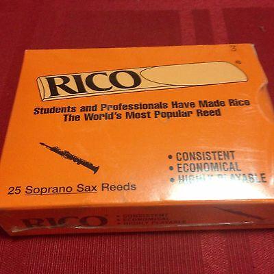 Box of 5 RICO PLASTICOVER SOPRANO SAX REEDS SIZE #3