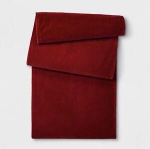 Opalhouse-Red-Velvet-Table-Runner-14-034-x72-034