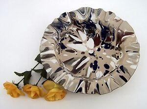 Metall-Teller-braun-mit-ineinanderlaufenden-Farbtoenen-ca-28-5-cm