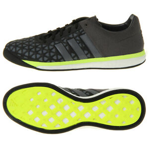Soccer Shoes from Rivo