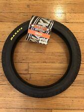 Maxxis Hookworm Tire 24 x 2.50 Wire 60tpi Single Compound Black
