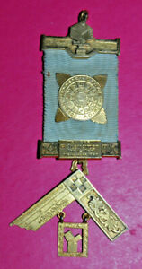Masonic Past Master's Jewel Mosaic Lodge No 5028 sterling silver