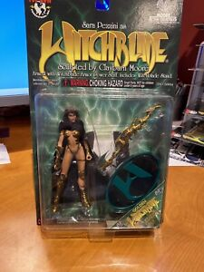 Sara-Pezzini-Golden-Witchblade-Action-Figure-Top-Cow-Moore-Action-Collectibles