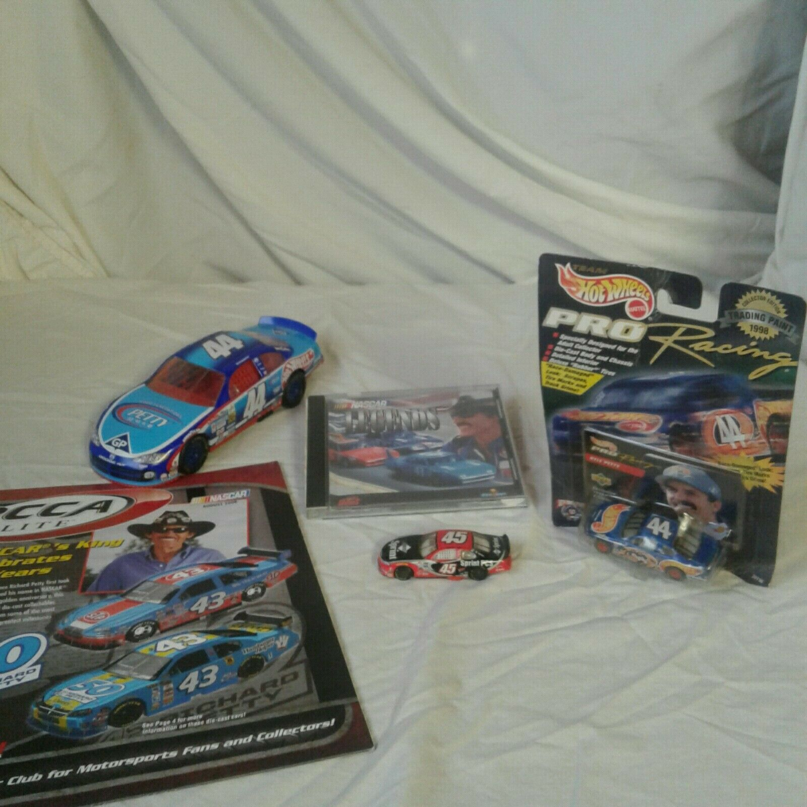 KYLE PETTY NASCAR COLLECTIBLE BUNDLE