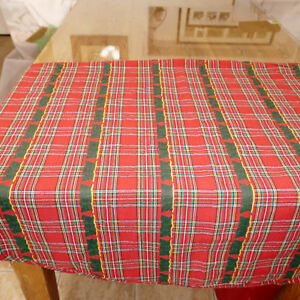 Linens-Tablecloth-Round-Plaid-Woven-Christmas-Trees-Red-Multi-64X64