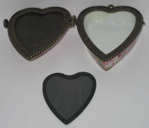 Dose Herz mit Magnet Bilderrahmen und Anhänger Öse Herzdose Rosen Porzellan 7cm