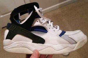 4913acfc9cfa Nike Air Huarache Retro 2003 Basketball Michigan Fab 5 Webber Jalen ...