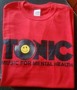 Edição Limitada rosto sorridente T-shirt Pequeno Tônico Música Para A Saúde Mental Anos 90 Top