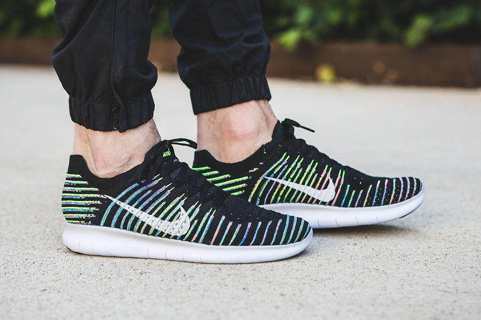 huge selection of 6c404 88a94 Nike Free Free Free RN Flyknit Running Shoes Trainers Racers 831069 003 SZ  10.5 ()