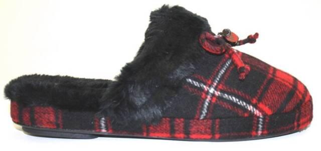 06a9458818e7d Women s Shoes Michael Kors CARTER SLIPPER Fuax Fur Plaid Knit RED RUN SMALL