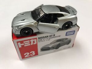 Takara-Tomy-Tomica-23-Nissan-GT-R-Diecast-Car-1-62-Scale-Ships-From-USA