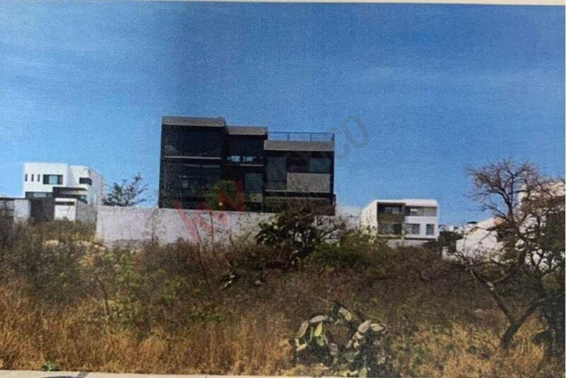 Terreno Plano  en Venta Querétaro Zibatá  vista amplia y Club de Golf