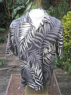 Hawaiian ALOHA shirt S pit to pit 22 HILO HATTIE silk tropical foliage