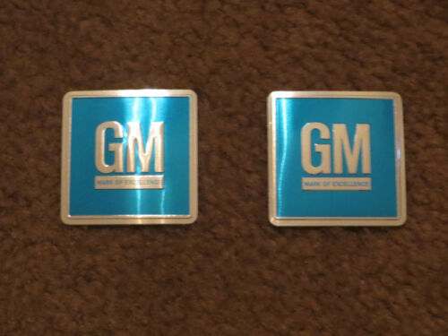 1967 – 1972 OLDSMOBILE 88 98 CUTLASS 442 TORONADO GM MARK OF EXC DOOR EMBLEMS