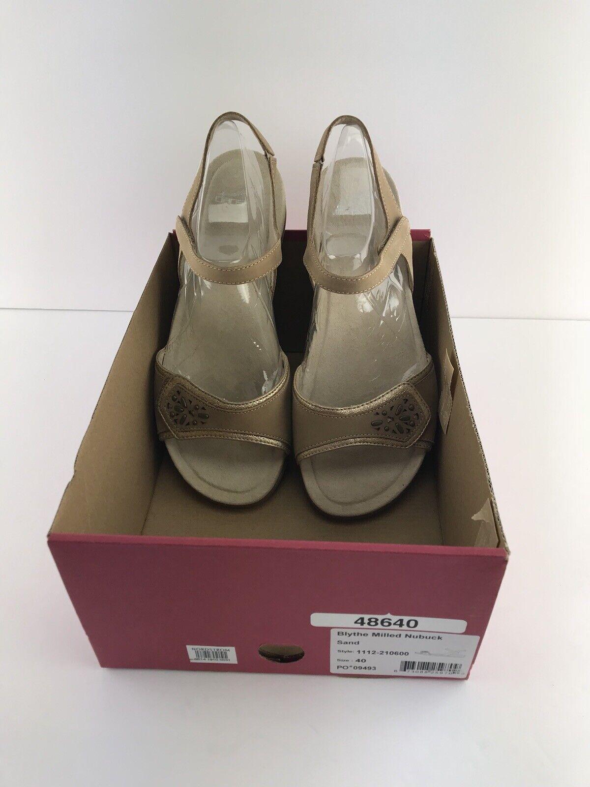 Dansko Womens Blythe Sand Milled Nubuck Sandal Size 9.5 40