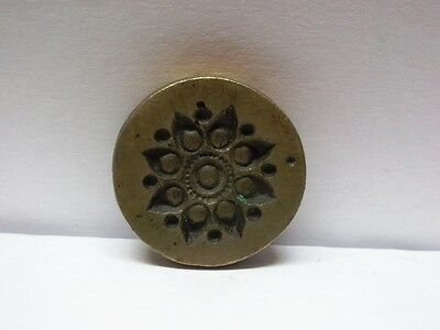 VINTAGE INDIAN BRASS METAL JEWELRY MAKING TOOL MOLD STAMP UNIQUE SMALL ROUND