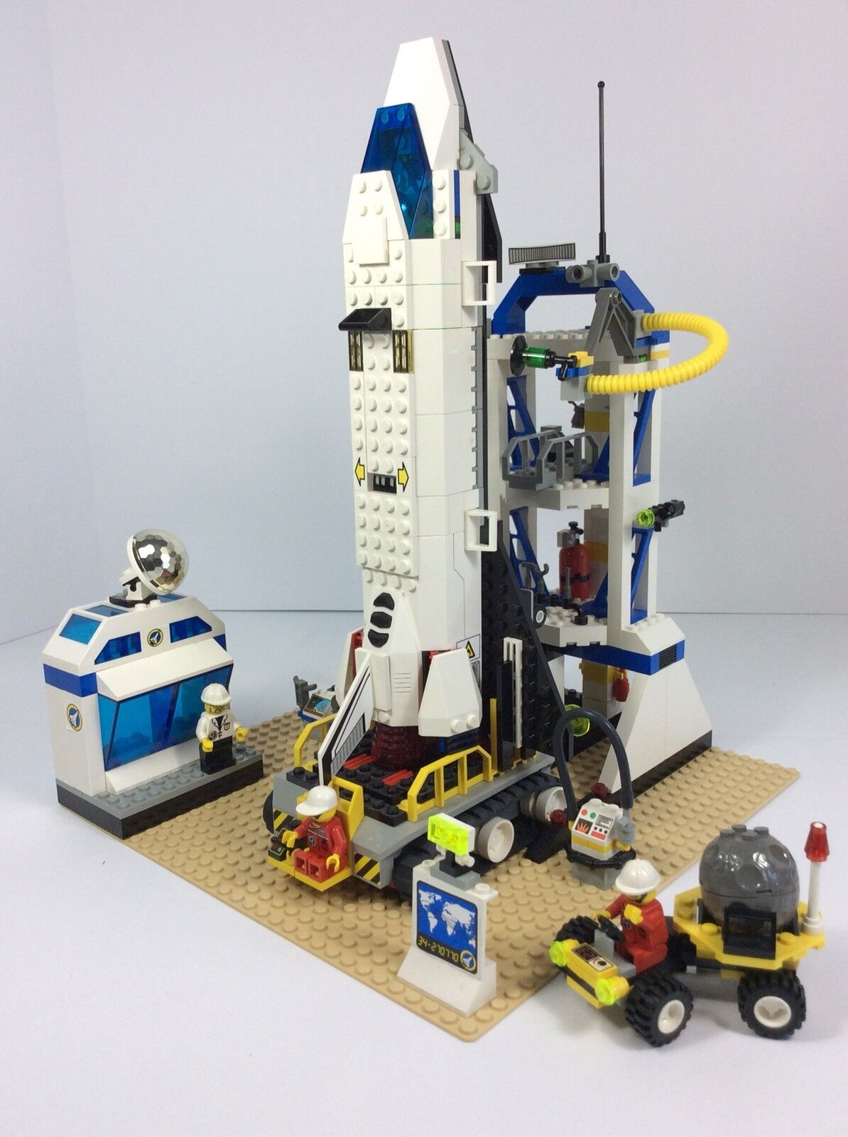 Lego System Mission Control ( 6456) 100% Pieces Complete w/ Box and Instructions