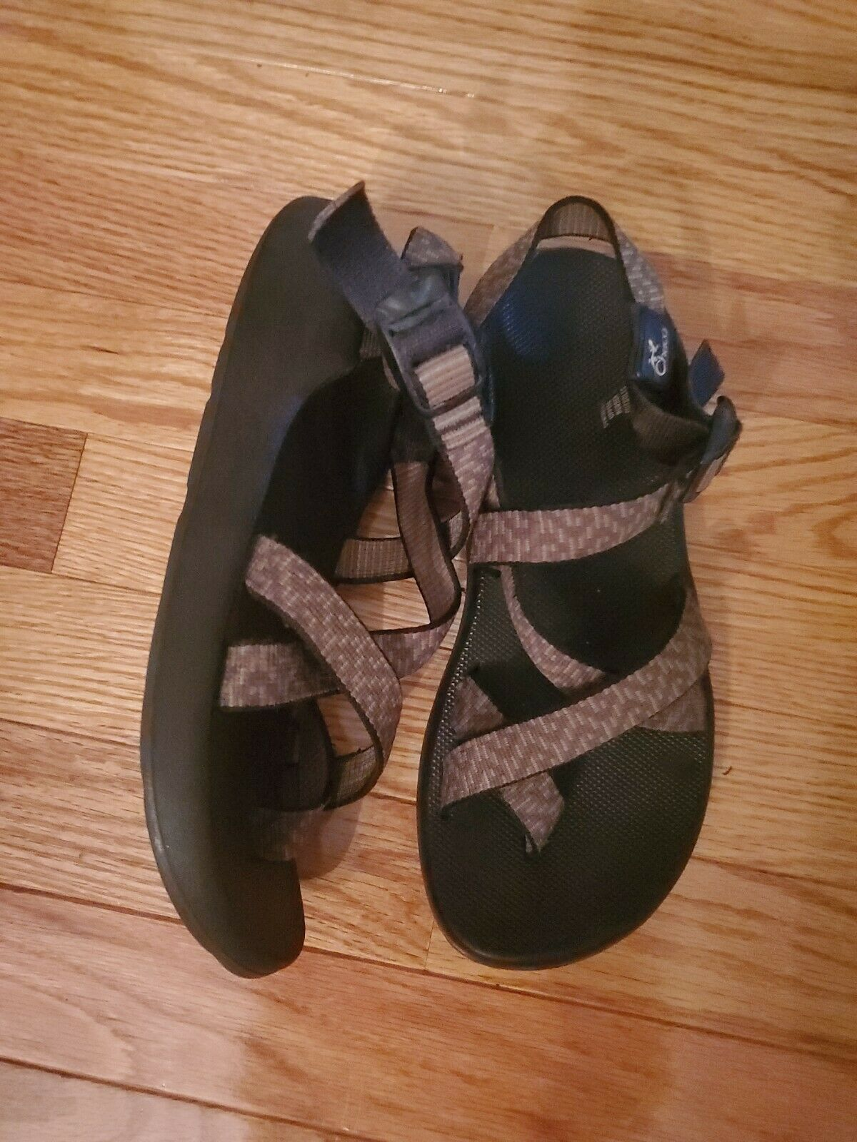 CHACO Women's Size 8 Strappy Sandals - image 3