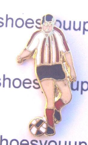 FOOTBALLER RED STRIPE QUALITY ENAMEL LAPEL PIN BADGE