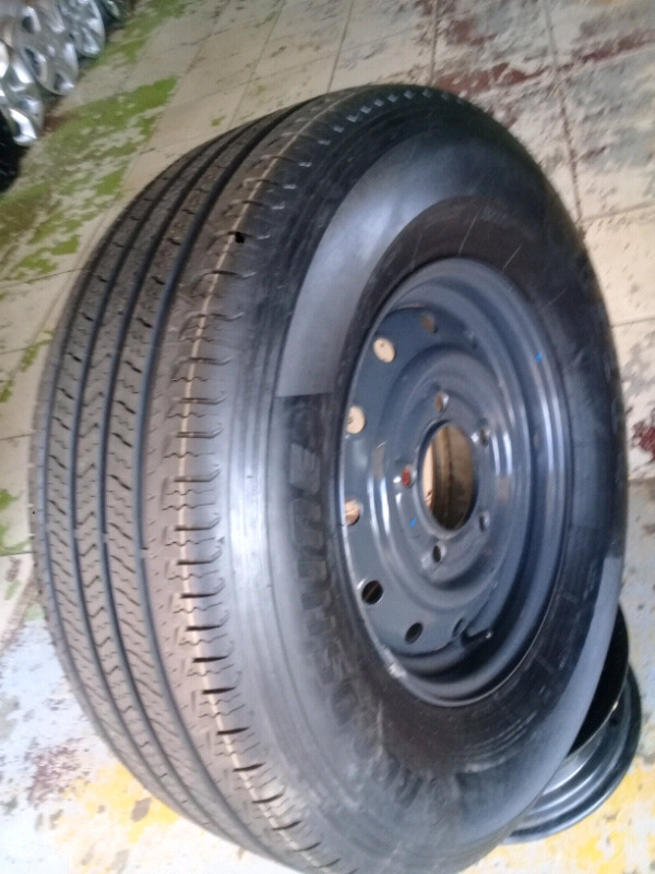 Tyre 265/70R16 & 16Inch MAHINDRA Standard Steel Rim For SPARE WHEEL On