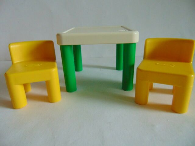 Vintage Little Tikes Dollhouse Table And 2 Chairs Set