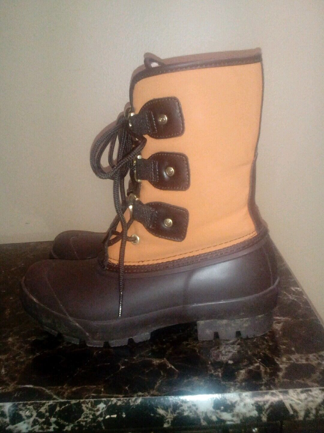 Womens Hunter Original Lace Up Rubber Snow Winter  Boots size 6M