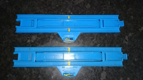 THOMAS TANK TRACKMASTER ROAD /& RAIL TOMY Blue Track Stop//GO Station droite