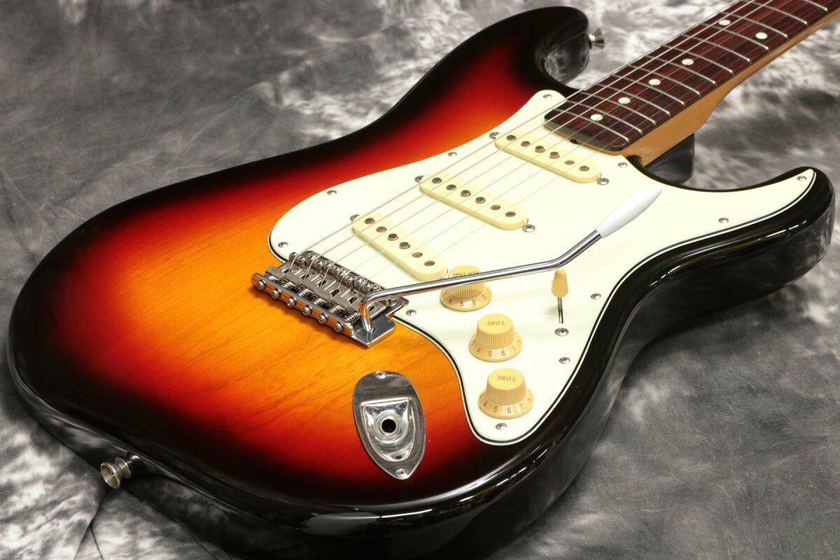 Fender Japan ST62-70TX 3Tone Sunburst 1999-2002 Japan popular EMS F   S