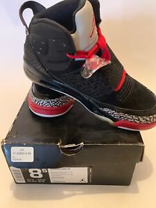 NIKE-JORDAN-SON-OF-MARS-BLACK-VARSITY-RED-CEMENT-GREY-SZ-8-5-512245-001
