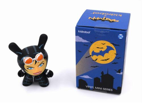 CATWOMAN DC DUNNY SERIES MINI VINYL TOY FIGURE KIDROBOT X BATMAN