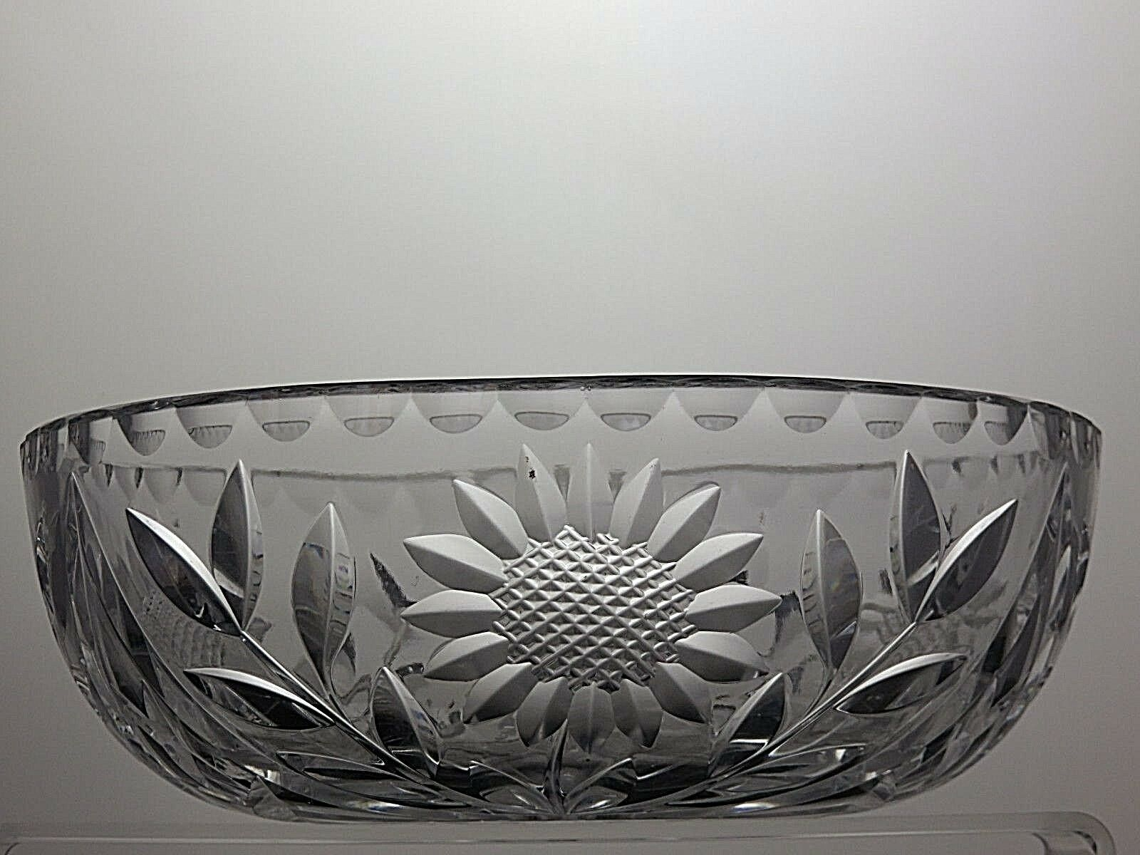 BEAUTIFUL DESIGN CUT GLASS CRYSTAL SALAD FRUIT SERVING BOWL- DIAMETER 8 1 2