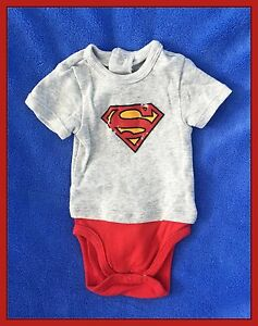 superman baby body junge und m dchen gr 50 56 ebay. Black Bedroom Furniture Sets. Home Design Ideas