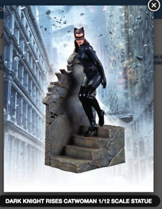 CATWOMAN-1-12-SCALE-DARK-KNIGHT-RISES-STATUE-FACTORY-SEALED-BRAND-NEW
