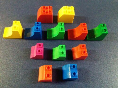 2 Lego DUPLO 2x3x2 2X2 2X2X1.5 Brick Curved Slope top