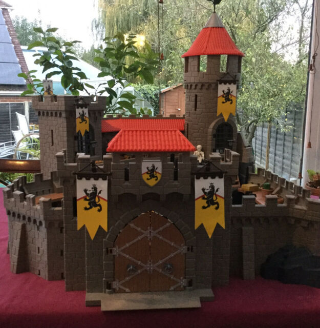Playmobil Lion Knights Castle 4865 With Figures & Accessories Boxed VGC