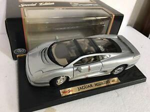 Alimentation édition spéciale Scala 1:18 Jaguar Xj220 (1992) 31807