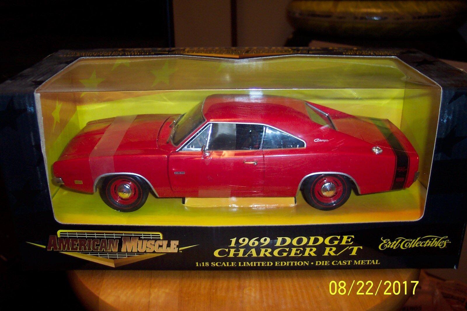 1 18 Die Cast Ertl 1969 DODGE CHAGER R  T röd HEMI L.E. MINT IN låda