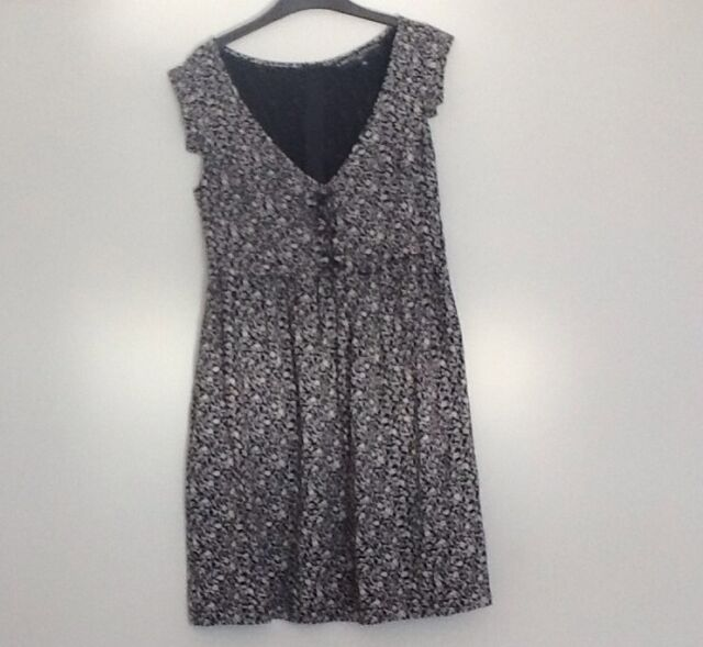 Limited Edition By New Look Cute Floral Vintage Style dress size 12