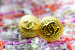 100-Authentic-Chanel-Buttons-16-mm-lot-of-9-logo-cc-gold